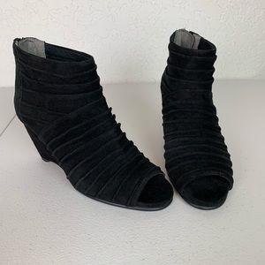Aerosoles Soundtrack open toe wedge booties size 7